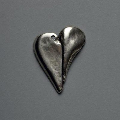 Μεταλλικό Χυτό Στοιχείο Ζάμακ  Καρδιά  42Χ32mm