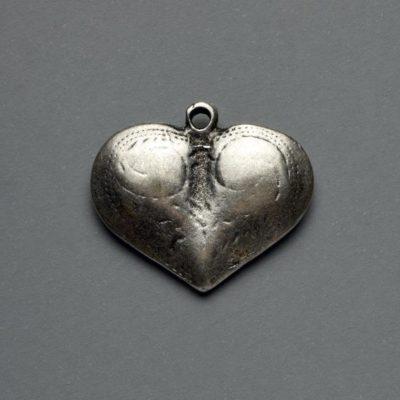 Μεταλλικό Χυτό Στοιχείο Ζάμακ Καρδιά 27X24mm