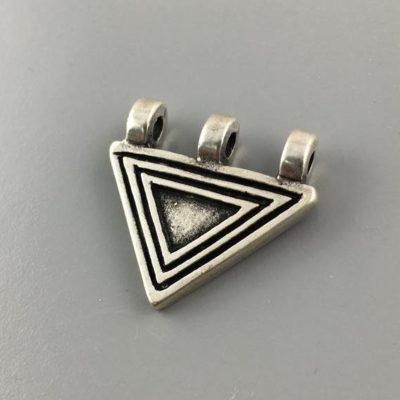 Μεταλλικό Χυτό Στοιχείο Ζάμακ Βοηθητικό Τρίγωνο 26Χ29mm