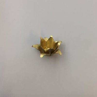 Ορειχάλκινο Πρεσσαριστό Λουλούδι 46Χ46mm