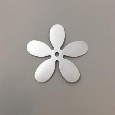 Σιδερένιο Πρεσσαριστό Λουλούδι 55Χ55mm
